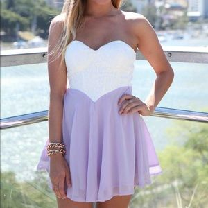 LOVING THINGS | Lace Strapless Dress
